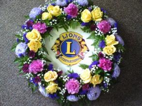 lions club wreath